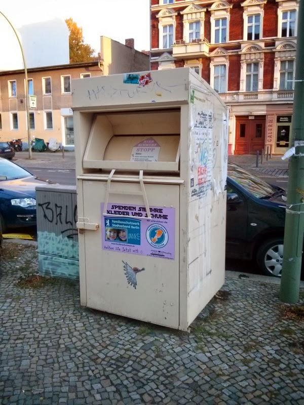 Altkleidercontainer in der Wollankstraße