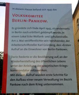 Das Volkskomitee saß in der Florastraße 79. Die Gedenktafel ist an einem Mast vor dem Haus angebracht.