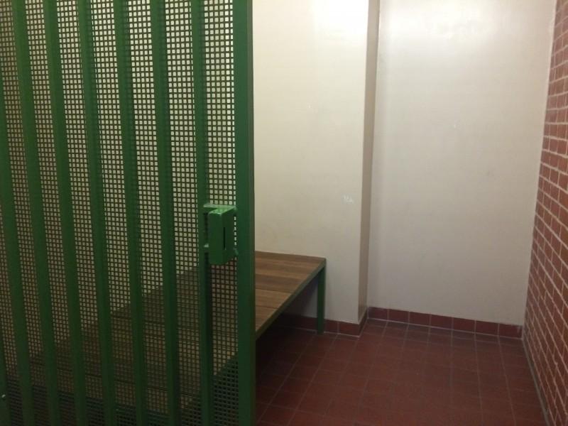 Die Gefängniszelle hat nur selten Gäste